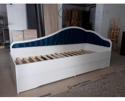 Кровать с ящиками L-8